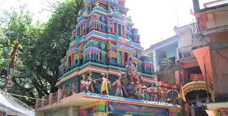 neelkanth-mahadev-temple-in-rishikesh-india