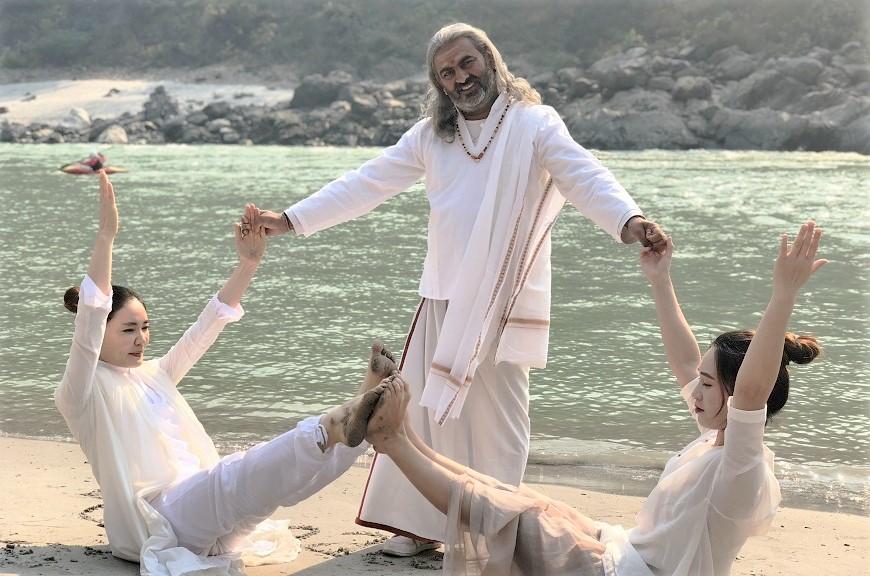 spritual-yoga-retreat-rishikesh-india