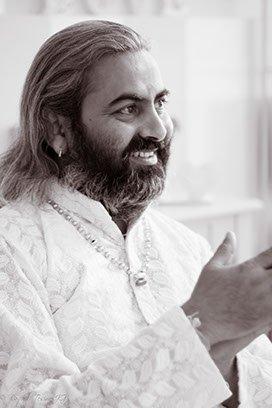 swami-umesh-yogi-rishikesh-india
