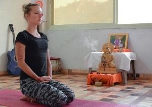 yoga-meditation-rishikesh.jpg