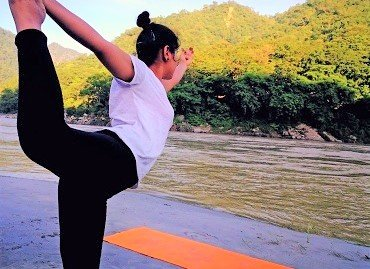 himalayan-spiritual-yoga-retreat-in-rishikesh-india