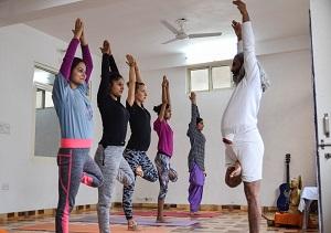 yoga-ttc-in-rishikesh-india
